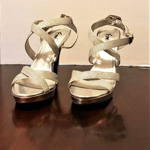 Silver Glitter Heels- Evening- Prom- Wedding- 4 in